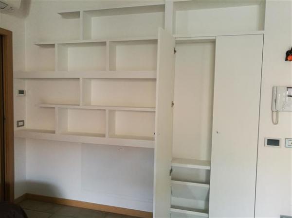 Libreria e armadio